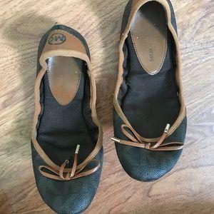 Michael Kors 7 Brown Ballet Flats